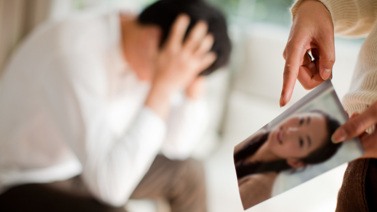 丈夫出轨妻子怎么办_丈夫出轨离婚_丈夫出轨