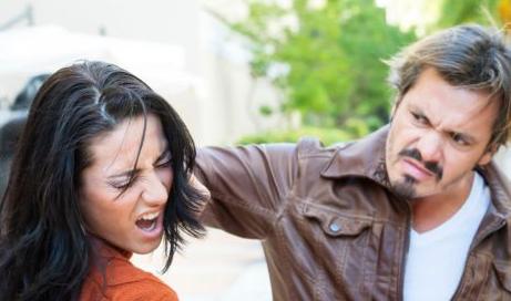 老婆出轨可以原谅吗_我原谅了男友的出轨_原谅男人出轨