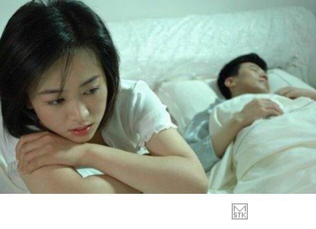 女人出轨不离婚主动配合老公做爱_老婆出轨老公怎么办_老公出轨了