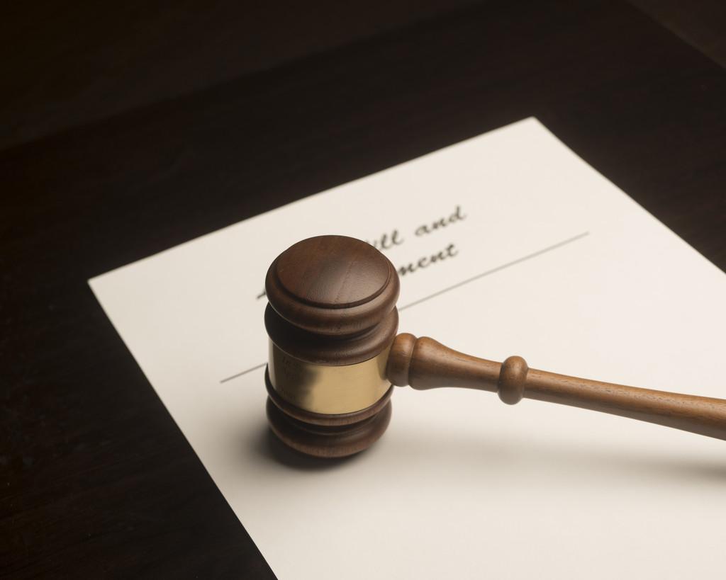 事实重婚_事实重婚要怎么取证_事实与法律事实