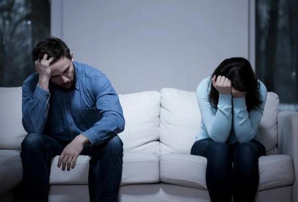 女人出轨怎样才能不让老公知道_男人怕妻子知道出轨_知道老公出轨