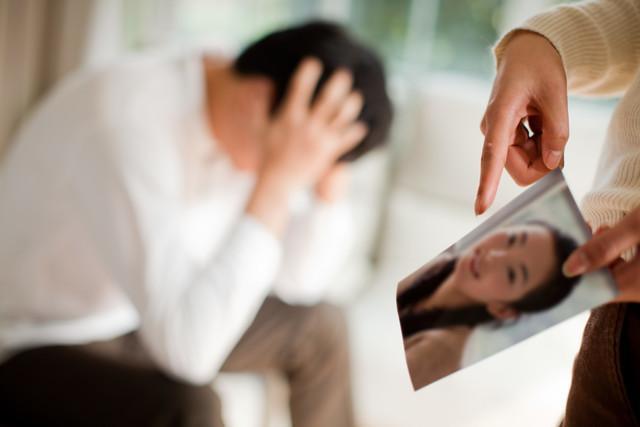 丈夫出轨了怎么办_丈夫出轨离婚_丈夫出轨妻子怎么办